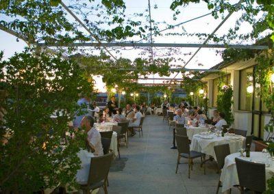 The Terrace - Hotel Garden