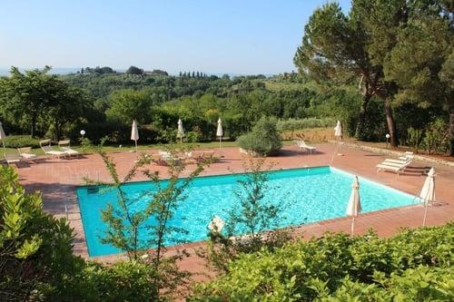 Farmhouse swimming pool Siena