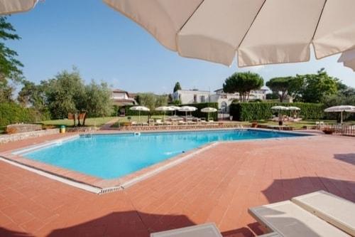 Hotel swimming pool Siena
